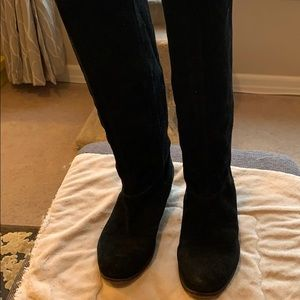Nine West tall black suede boots in GUC size 7.5